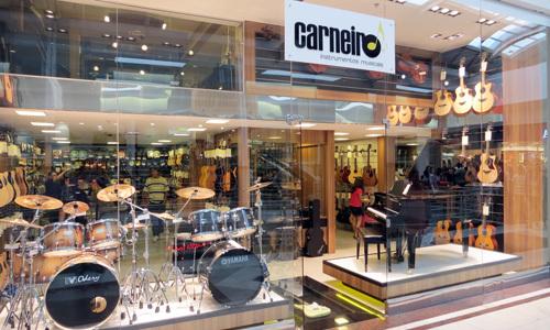 lojas carneiro instrumentos musicais